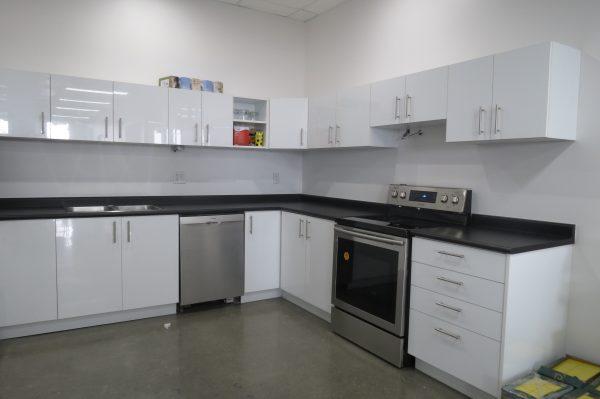 Office-Kitchen-High-Gloss-White