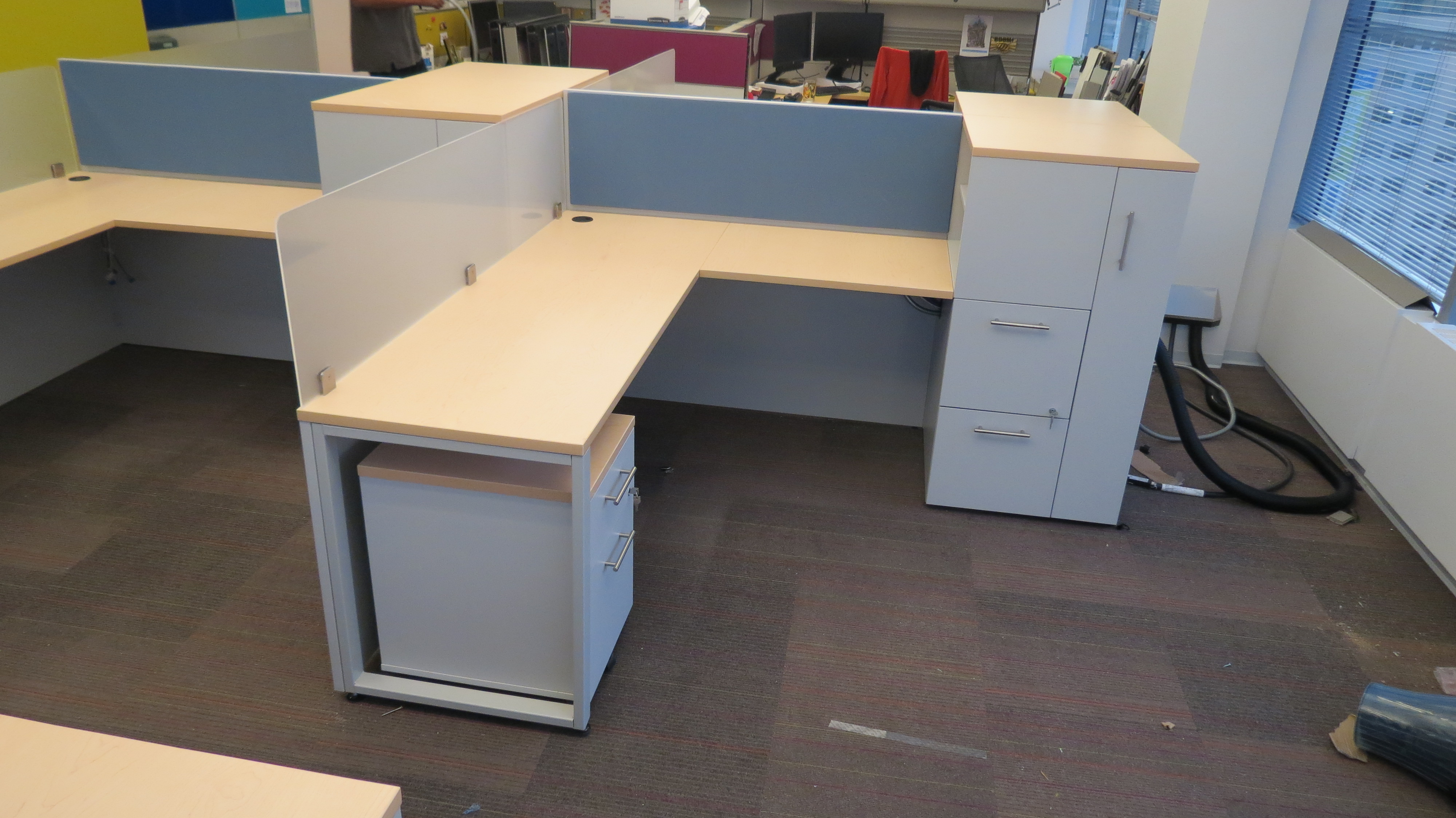 Toronto Charity Modern Office Cubicles Workstations